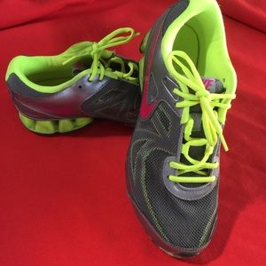 Nike Gray green REAX Running Shoes Cool Mesh Vamp